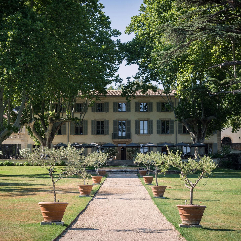 Domaine de Fontenille - boutique hotel in Lauris
