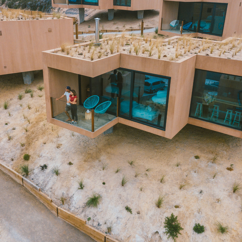 Noah Surf House - boutique hotel in A-dos-Cunhados
