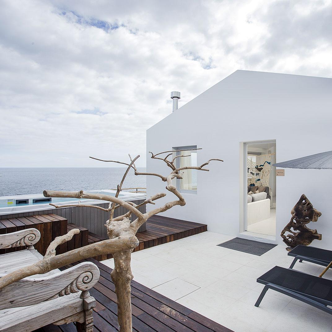 White Exclusive Suites and Villas